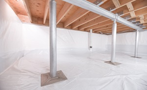 Crawl space structural support jacks installed in Hatzic